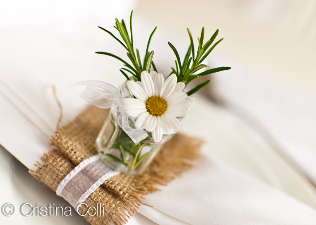 rustic table setting hessian organza daisy and herbs